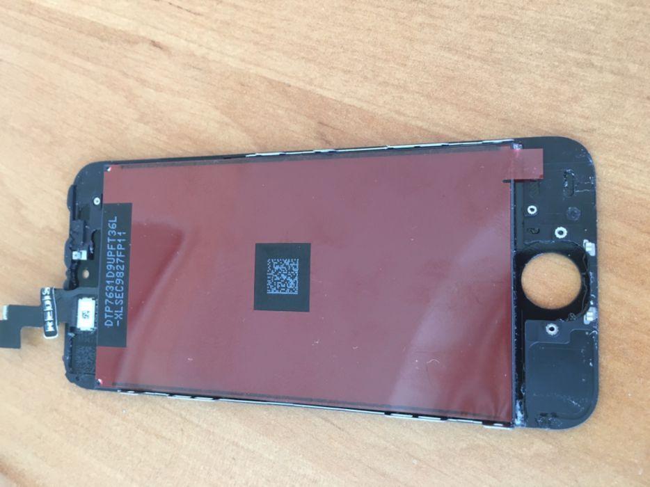 Монтаж на дисплей за Iphone 5 и Iphone 5s
