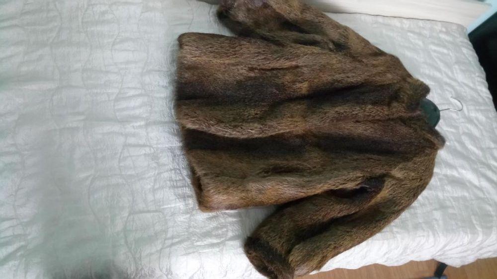 Продавам палто от нутрия