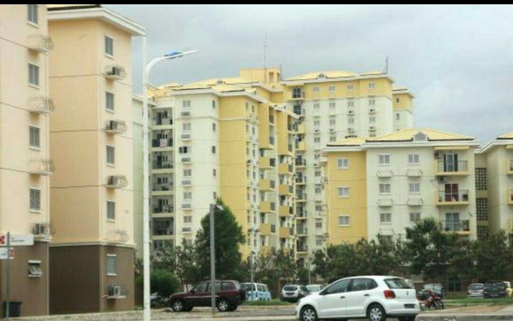 Apartamento T5 avenda totalmente pago Kilamba