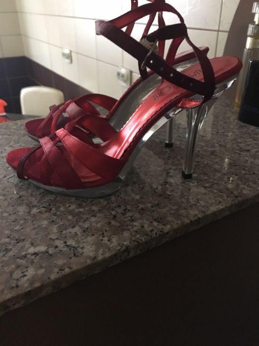 Pantofi cu talpa si toc transparent