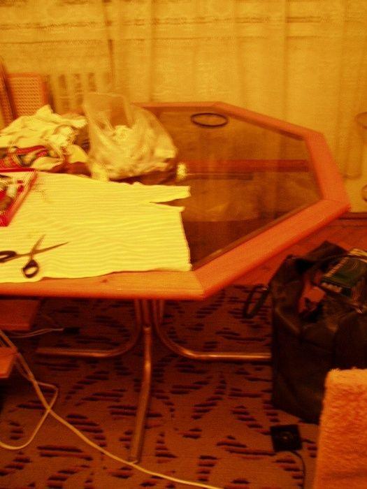 masa sticla octogonala + 4 scaune