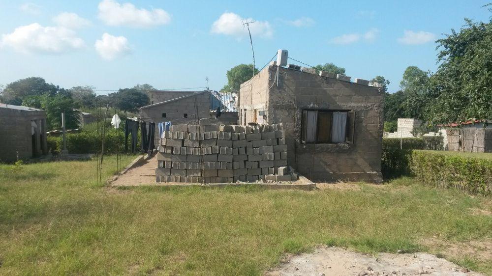 Casa tipo 2 na vila de Marracuene