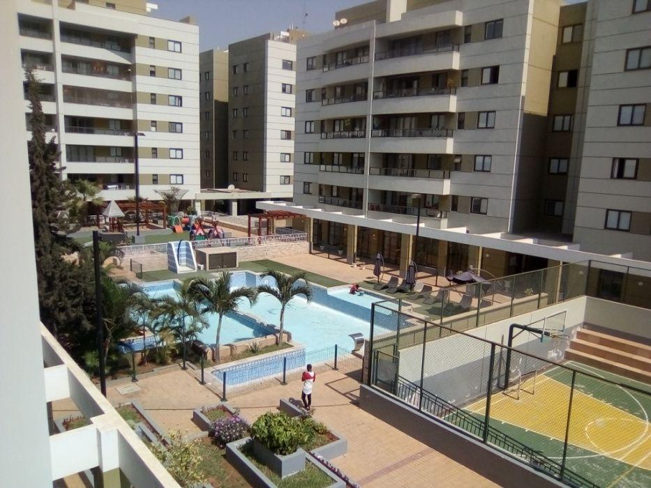Vende-se Apartamento T4 Novo com 162 M2- Condomínio Clássico do Sul