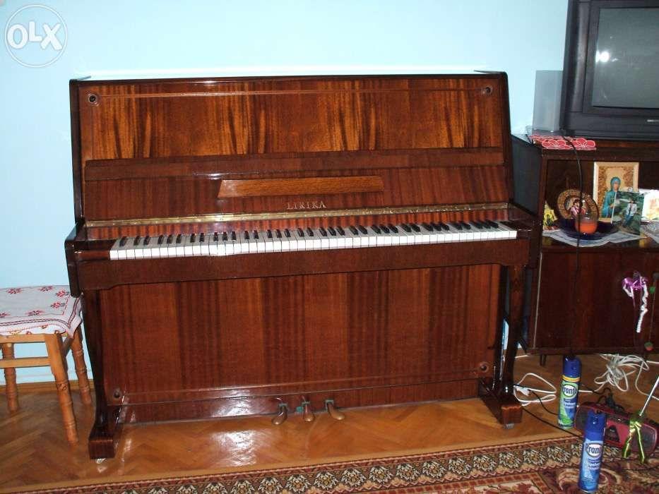 Pianina Lirika