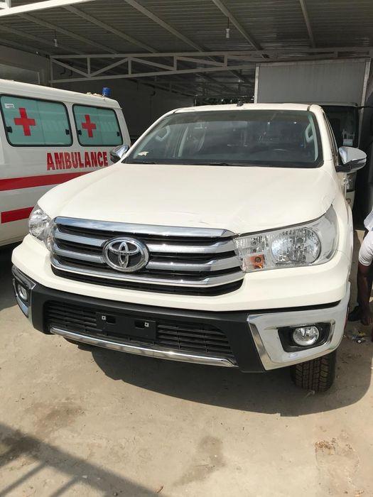 Vende- Toyota HI-Lux 2018.