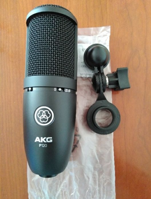 Microfone AkG a venda