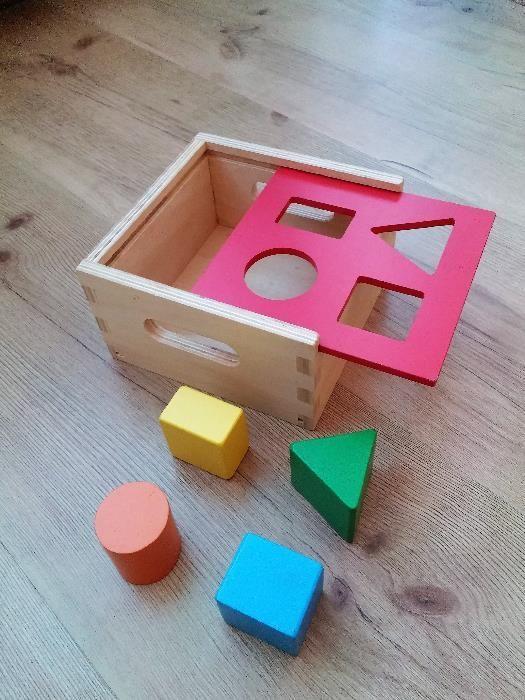 Кутия с форми и забавна броеница