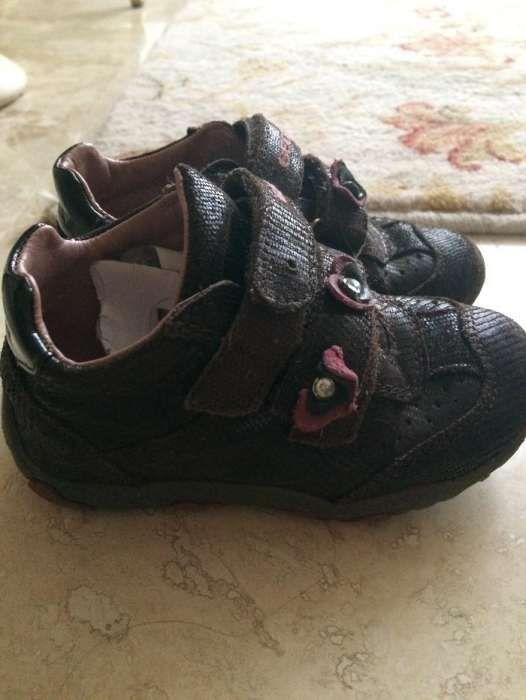 Vand pantofi sport Geox fetite nr. 23/24