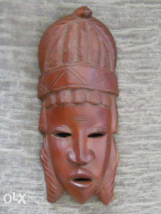 MASTI - ARTIZANAT AFRICAN, din lemn de esenta tare si ceramica arsa