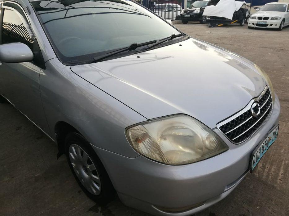 Vende-se Toyota Corolla.