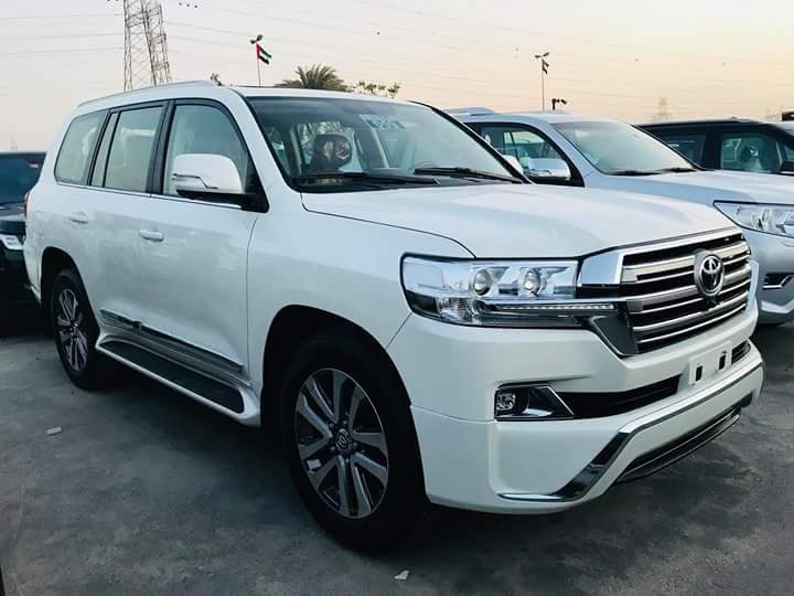 Toyota Land Cruiser, V8 a venda