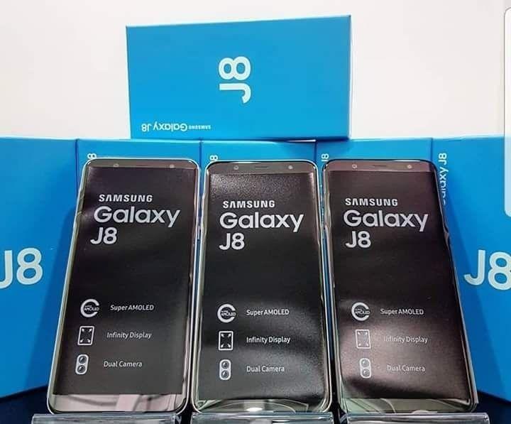 Samsung J8/celulares novos na caixa.