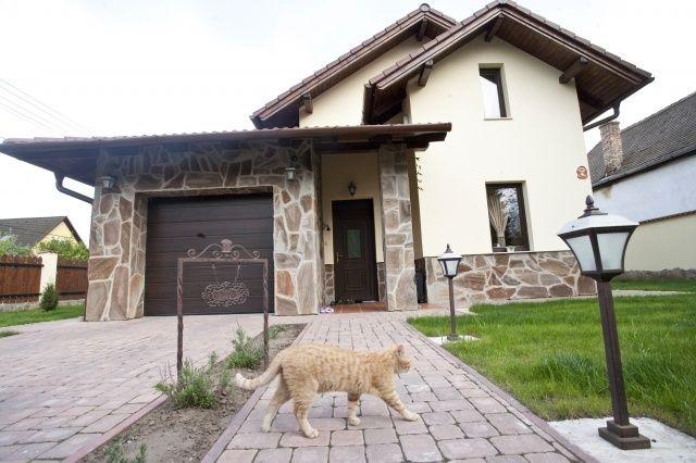 Constructii case la Rosu sau la Cheie. Pret BOMBA 18.000 EURO
