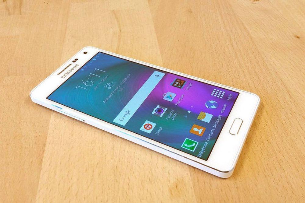 Samsung A5 32GB/novos !