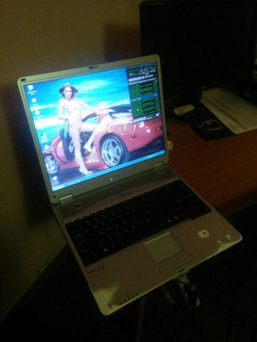 Laptop Fujitsu Amilo