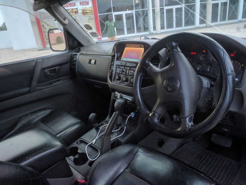 Vendo Mitsubishi Pajero impecável