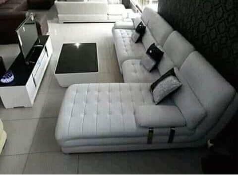 Sofa L maior disponivél