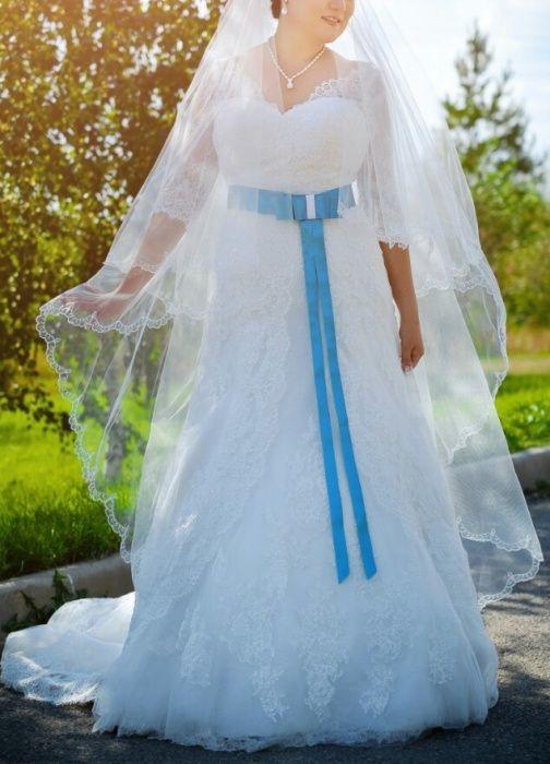 Свадебное платье кружевное 46-48+фата+кольцо+чехол