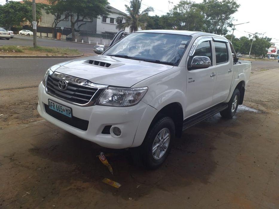Toyota Hilux Raider super clean 2012