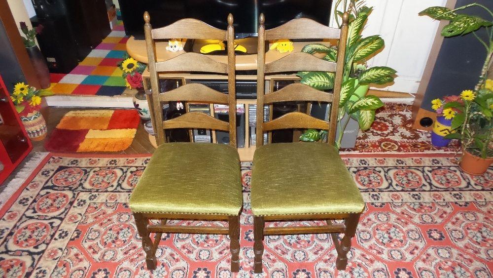 Scaune retro impecabile / scaune vintage impecabile / 2 bucati