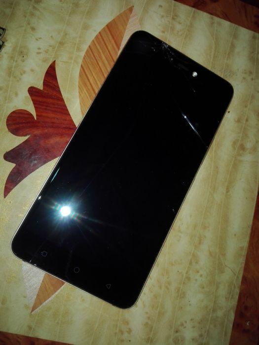 Celular Tecno Phantom8