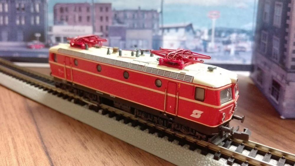 Locomotiva OBB 1044 scara N