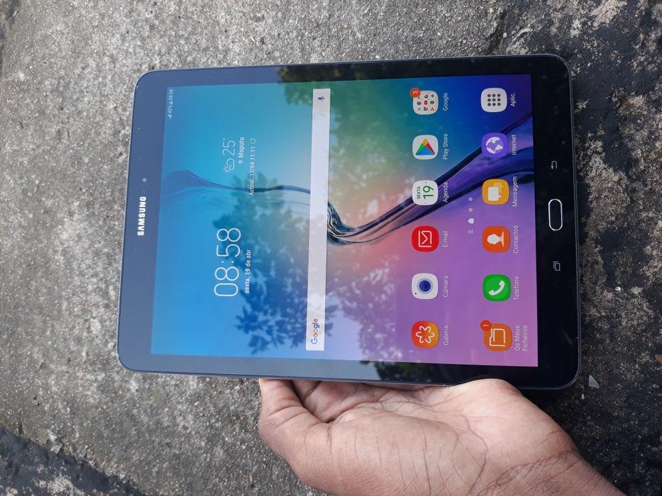 Galaxy Tab S2 clean e tem sensor de impressões digitais