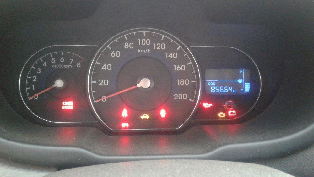 Hyundai i10 usado, manual, em bom estado a 1.800.000 kz