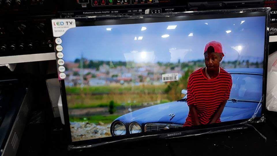 Promoção de tvs Samsung LED FULL HD 42 polegadas novas na caixa