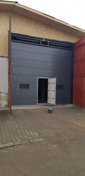 Usi de garaj l 4000 x 3000 cu 3 geamuri