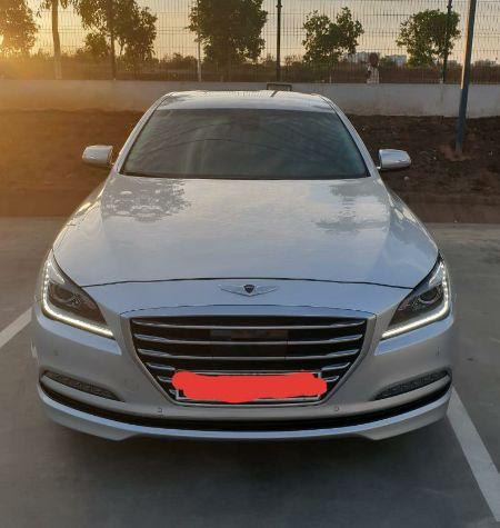 Linda viatura Hyundai, executivo, para quem gosta de luxo e conforto.