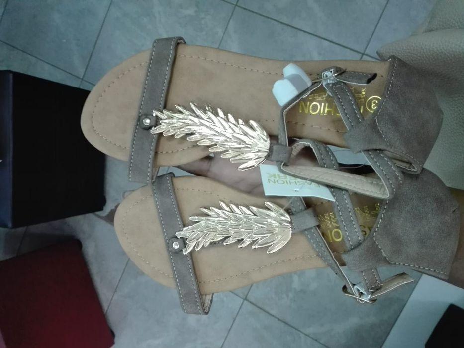 Sandálias e chinelos Cidade de Matola - imagem 8
