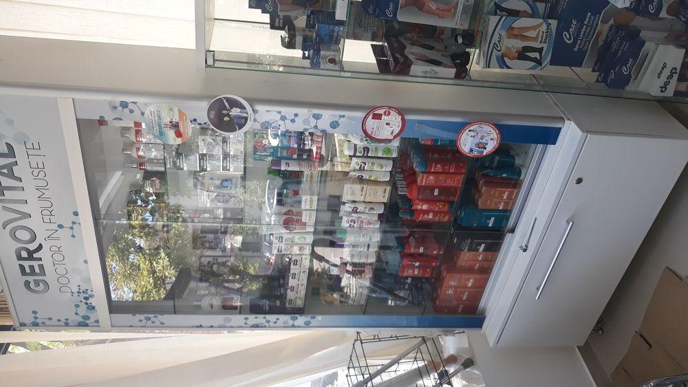 Raft pentru magazin mobilier din pal sticla tejghea comert rafturi