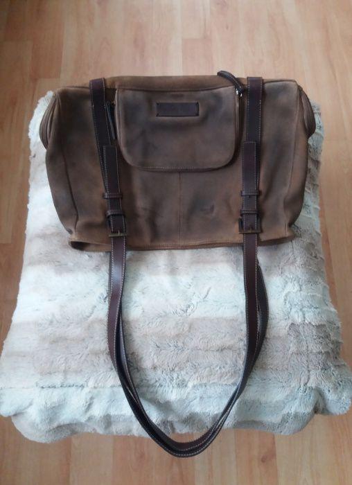 Чанта от естествен велур Betty Barclay