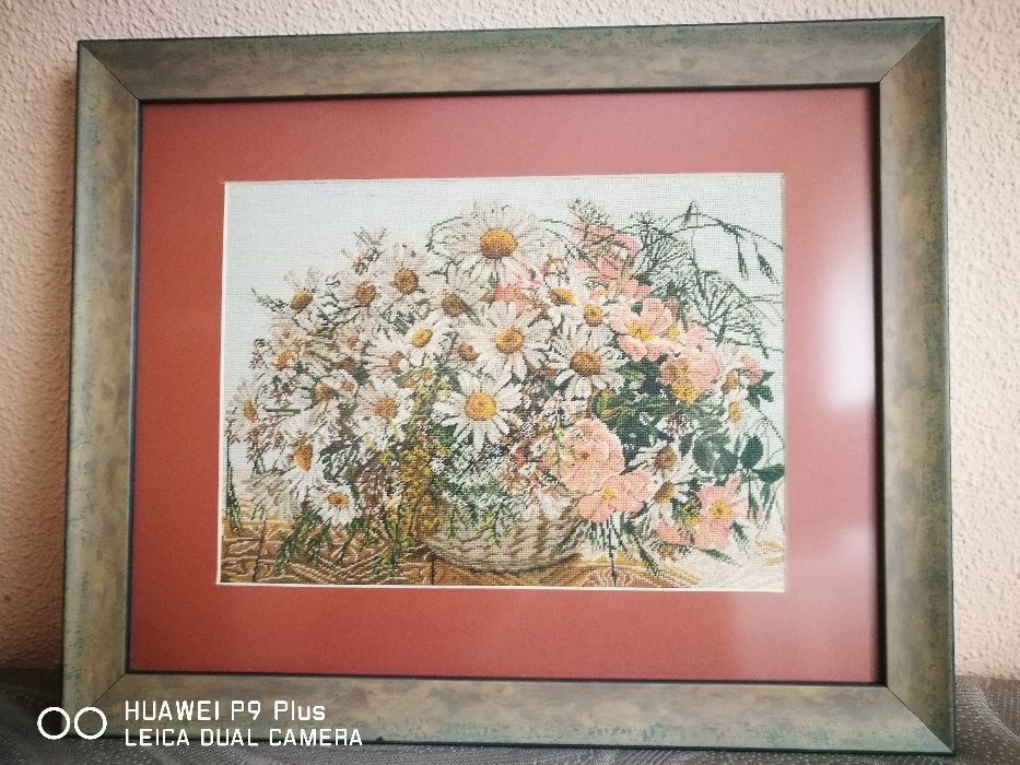 Vand tablou goblen: Margarete si flori de maces