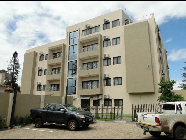 Vendo Edifício de 4 ANDARES na Matola