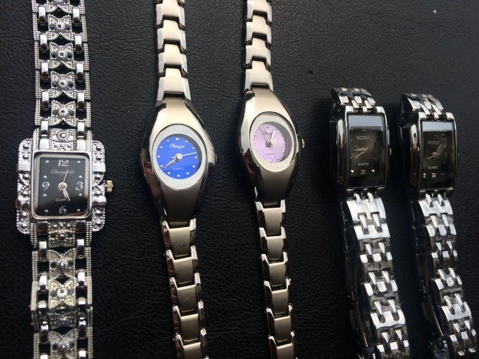 Ceas ceasuri pentru femei si barbati 25 ron 1 bucata sau 40 ron 2 buc
