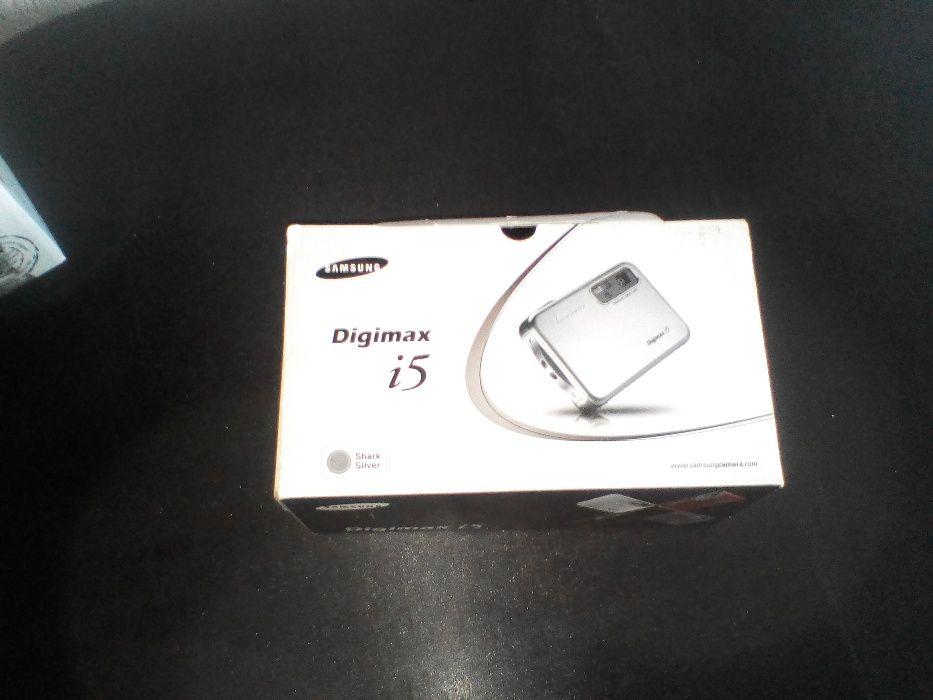 Фотоапарат Samsung Digimax i5 намалена цена