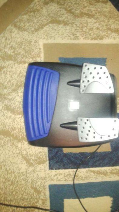 Ps2 Sony + volan + pedale fanatec folosit de 2-3 ori