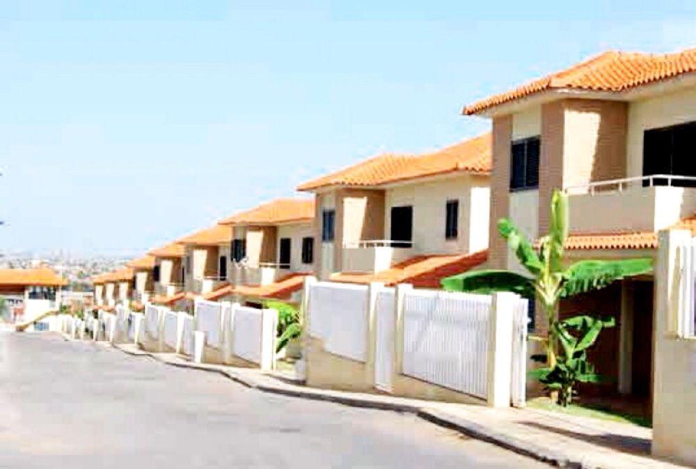 Vendemos Vivenda T4+Anexo Condomínio Old Villas de Talatona