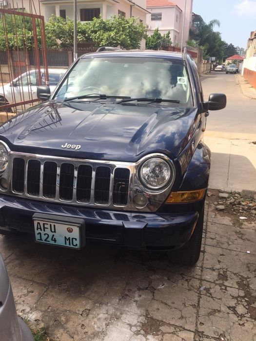 Jeep super clean, 3.7