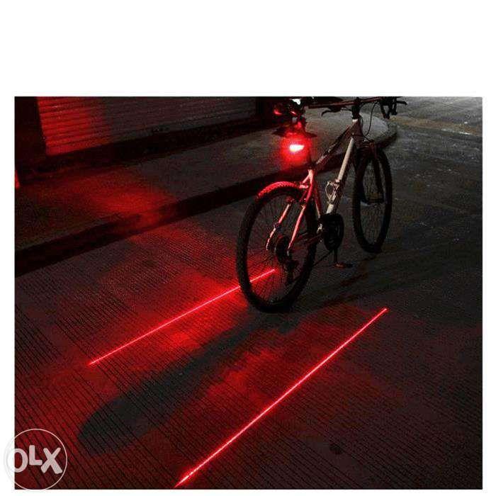 Stop bicicleta 2 lasere si 5 leduri cu 7 jocuri de lumini