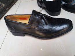 Sapatos preto jonh foster