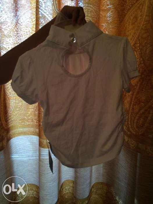 Продам новые блузки белые для девочек