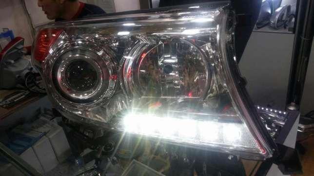 Продам на Ланд Крузер 200 рестайлинг фары полный комплект !