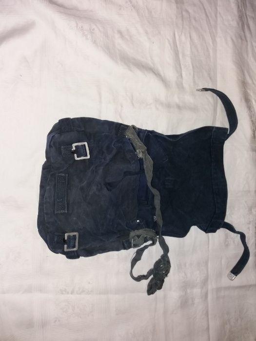 vand sac de merinde militar bleumarin pe spate cu gri