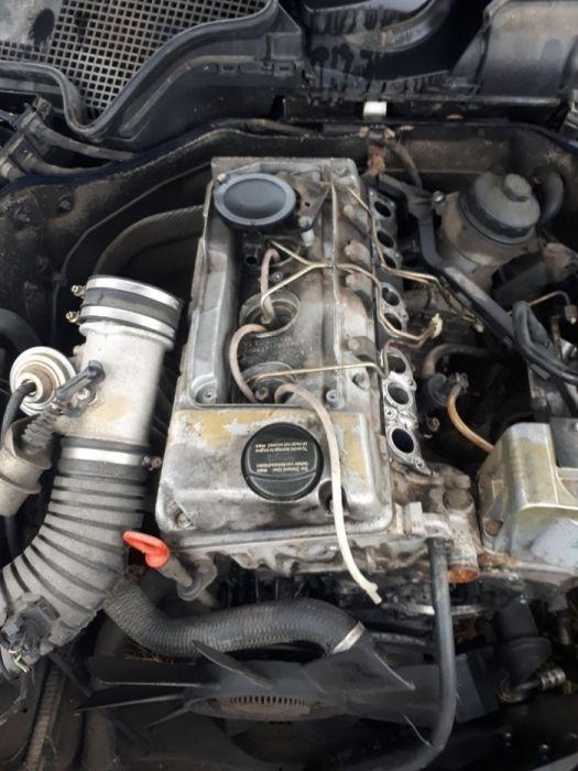 Motor mercedes w202 w210 220d