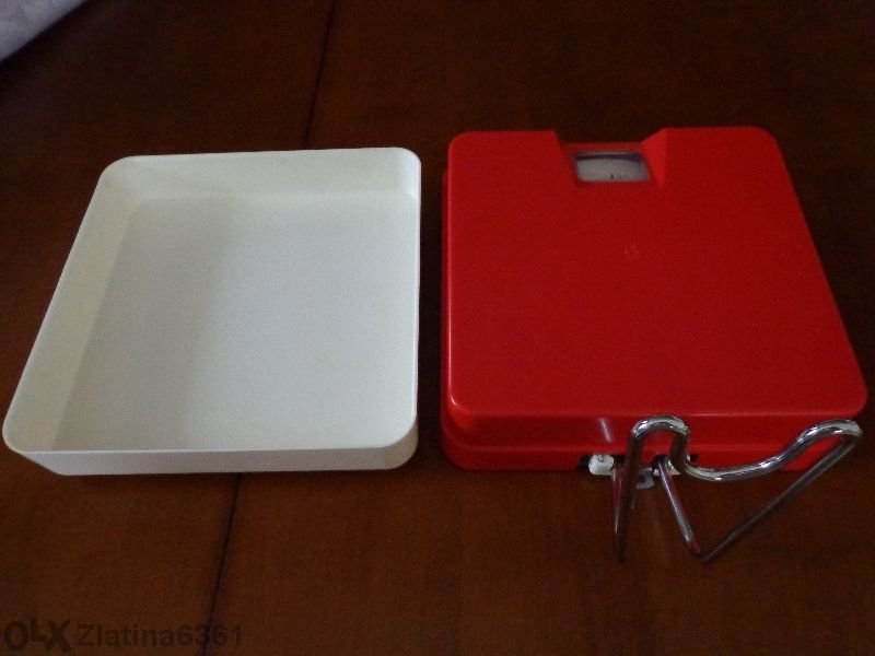 кухненска везна за стена-максимум 5 кг