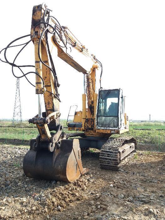 Excavator pe senile Liebherr R924HDSL, dezmembrez