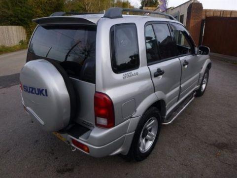 Dezmembrez Suzuki Grand Vitara, an 2002